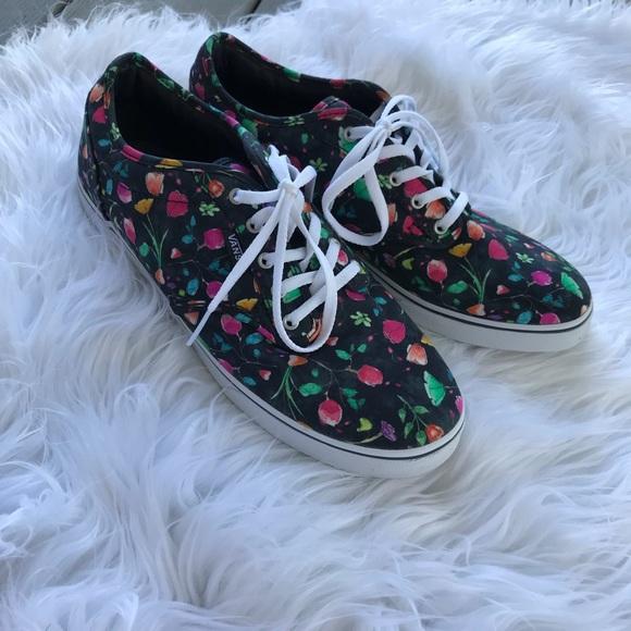55a063814a Women s Floral Vans Skater Flower Shoes. M 5bb8f2352e1478b503e4b158